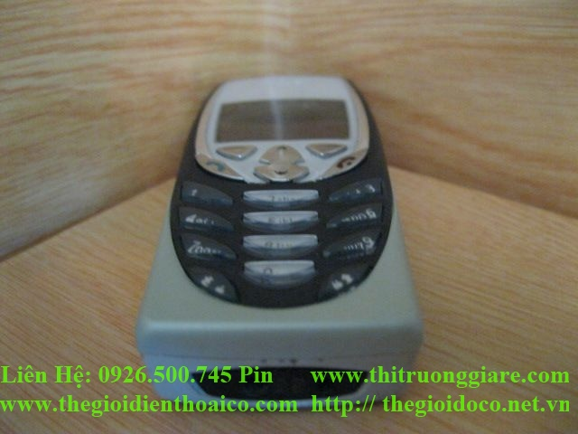 nokia-8310-ca-may-5125.jpg