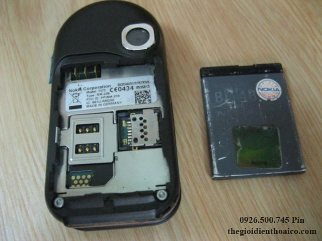 Nokia-7373-5244.jpg