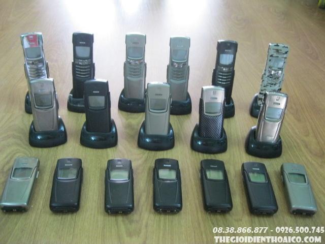 Nokia_8910_5yvHi.jpg