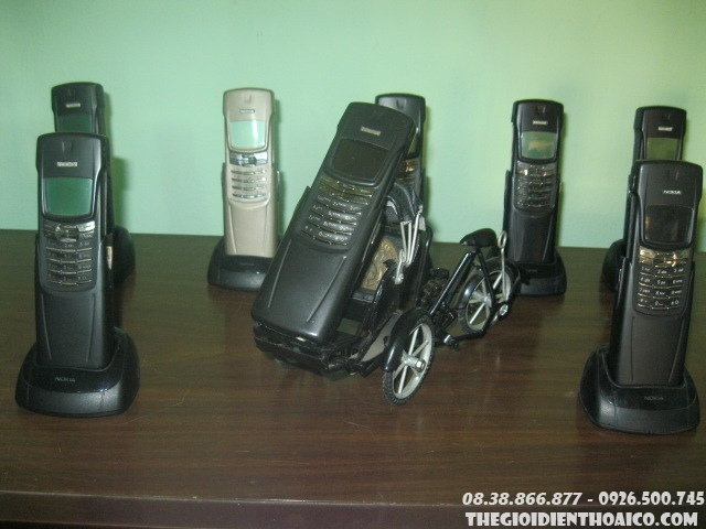Nokia_8910_6.jpg