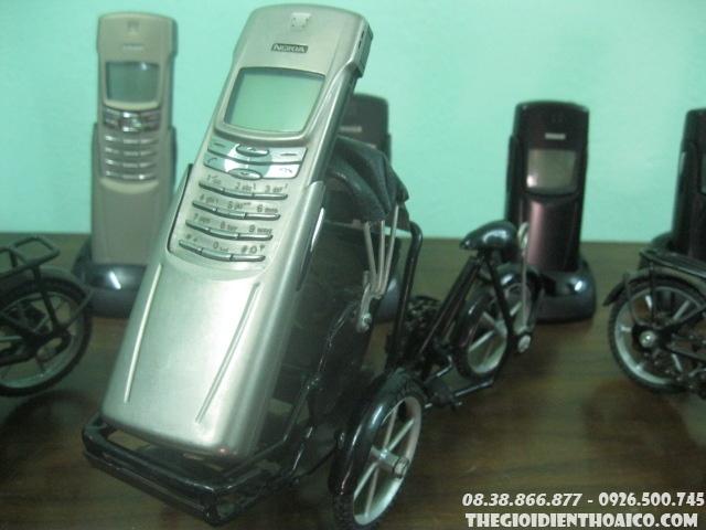 Nokia_8910i_2.jpg