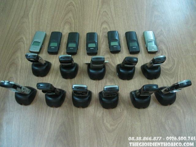 Nokia_8910i_6IgXLs.jpg