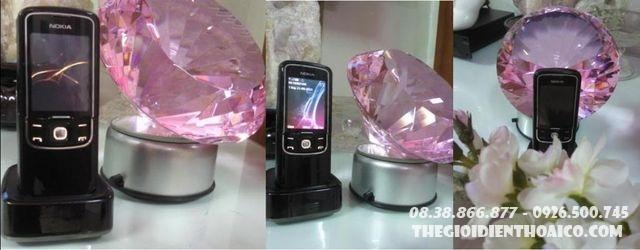 Nokia-8600.jpg