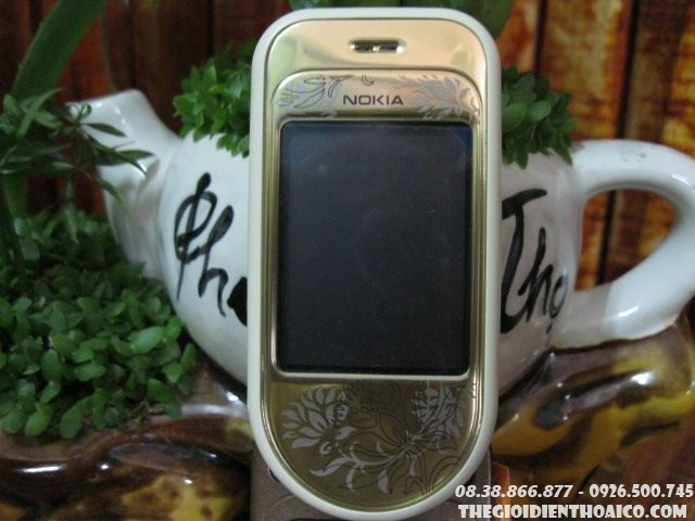 Nokia-7370-7946.jpg