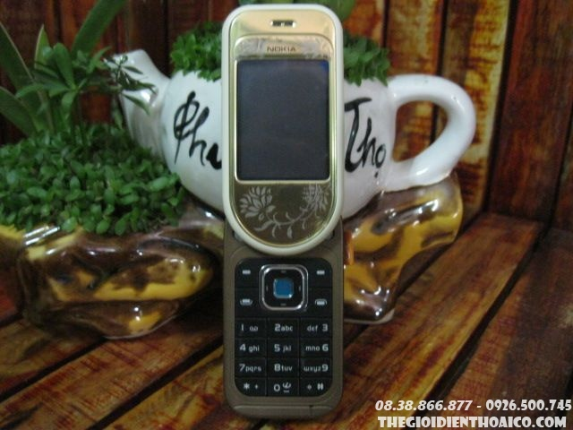 Nokia-7370-7949.jpg