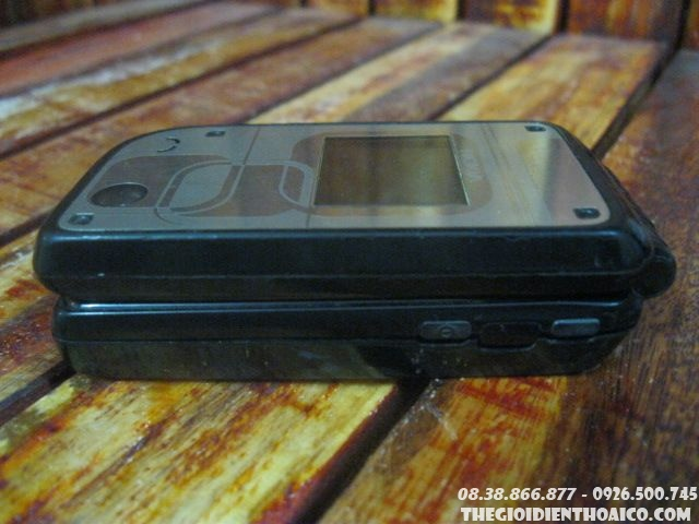 Nokia-7270-90025.jpg