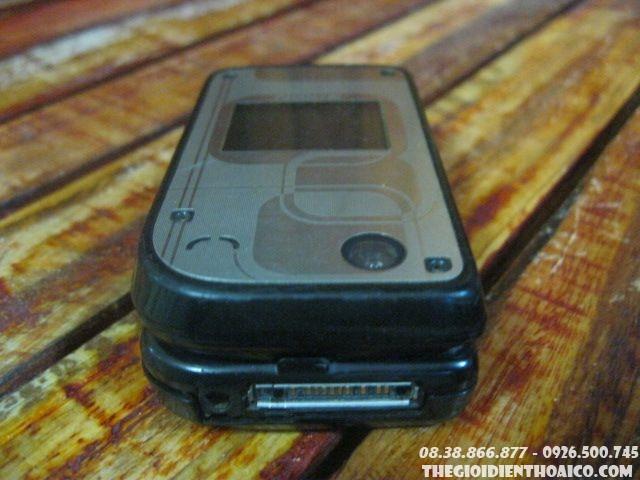 Nokia-7270-90028.jpg
