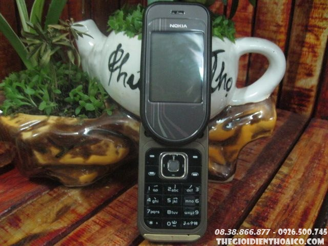 Nokia-7373-9082.jpg