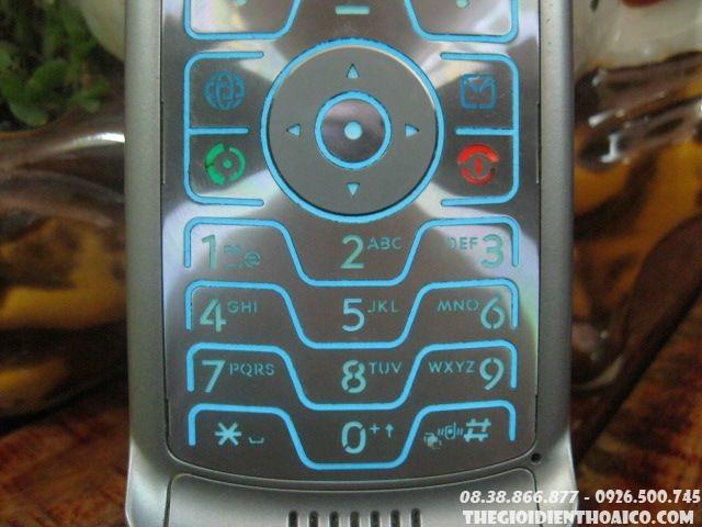 Motorola-V3-9496.jpg