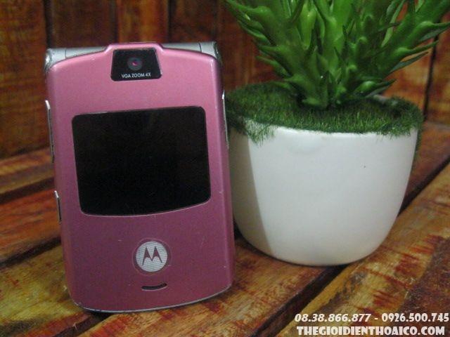 Motorola-V2-Hong-Phan-998.jpg