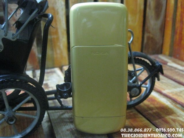 Nokia-8600-1030.jpg
