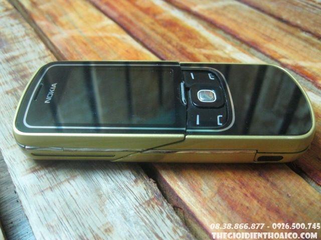 Nokia-8600-103017.jpg