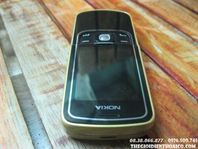 Nokia-8600-103018.jpg