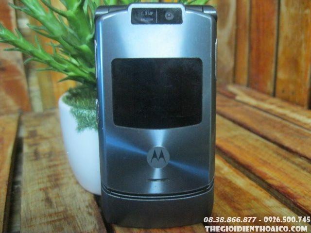 Motorola-V3-10621LsSf.jpg