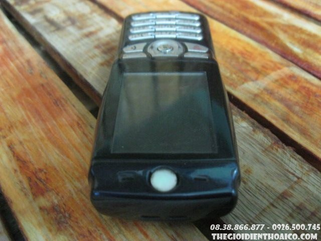 Motorola-E365-110411.jpg