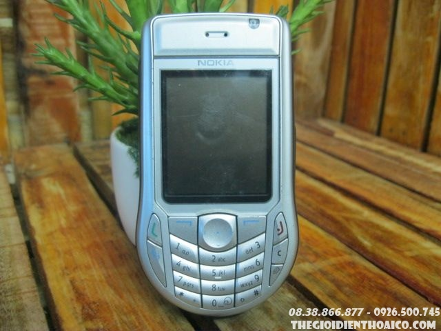 Nokia-6630-11286.jpg