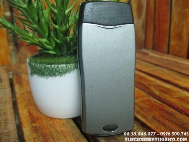 Nokia-8250-11248.jpg