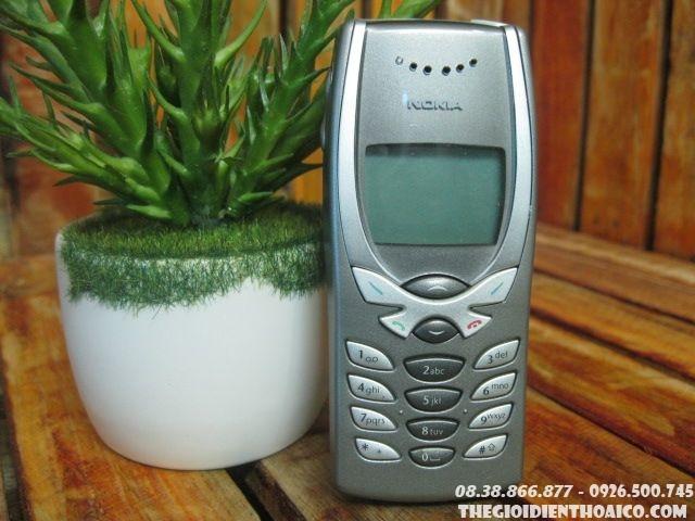 Nokia-8250-11249.jpg