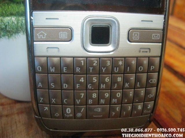 Nokia-E72-114310.jpg