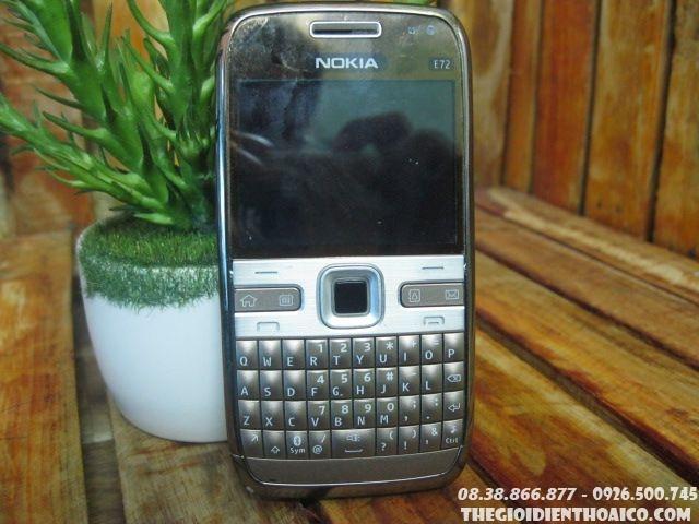 Nokia-E72-114313.jpg