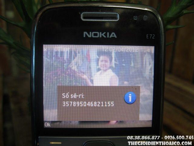Nokia-E72-11432.jpg