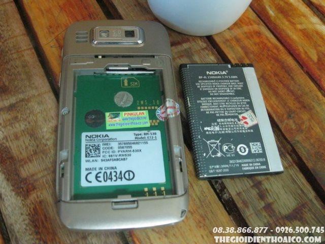 Nokia-E72-11435.jpg
