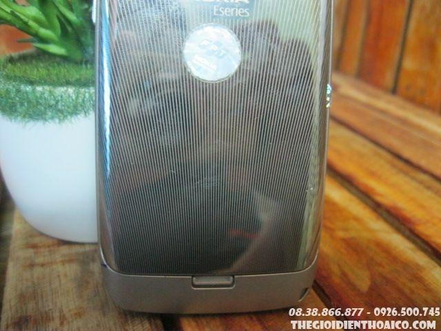 Nokia-E72-11438.jpg