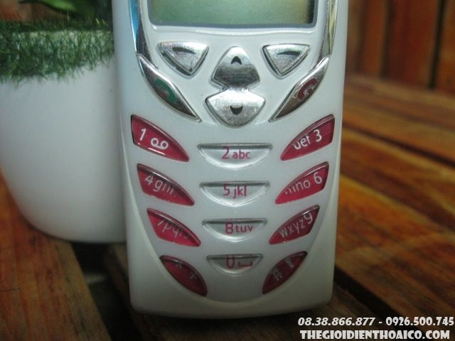 Nokia-8310-116810.jpg