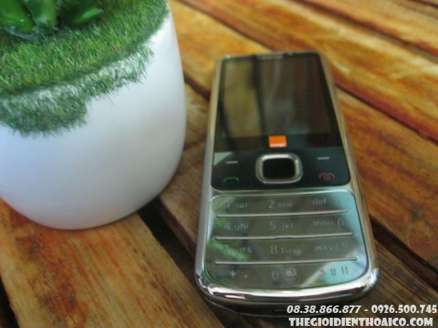 Nokia-6700-11928.jpg