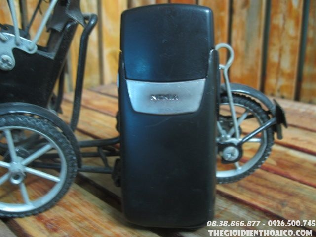 Nokia-8910i-12031.jpg