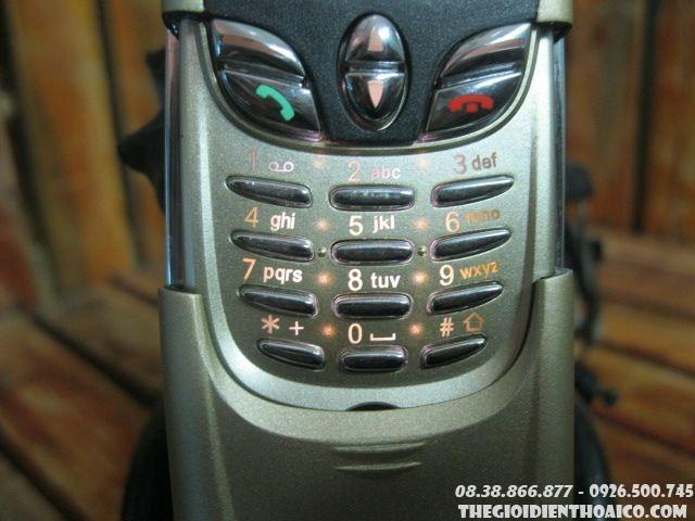 Nokia-8800-Gold1.jpg