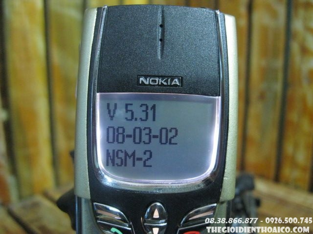 Nokia-8800-Gold2.jpg