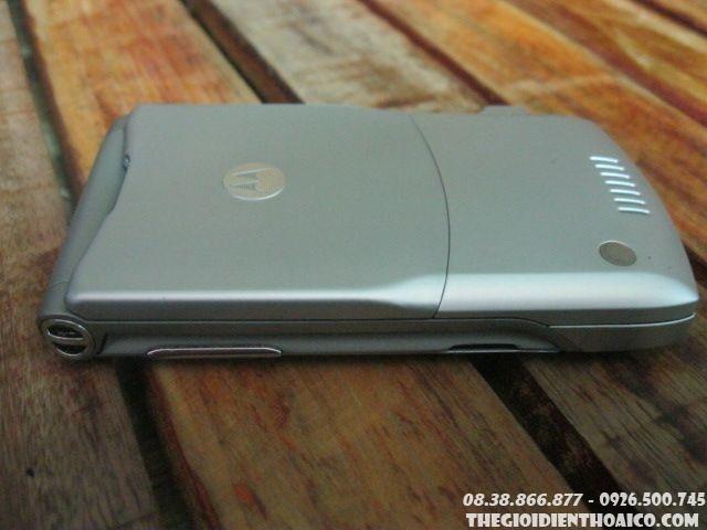 Motorola-V3-Silver10.jpg