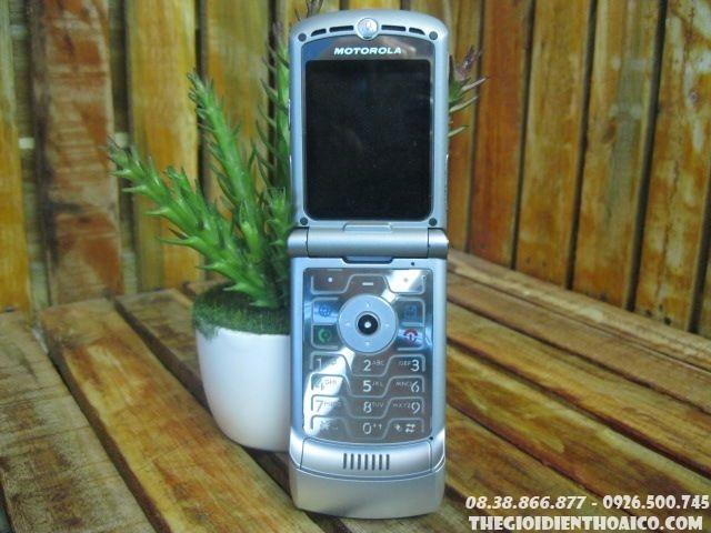 Motorola-V3-Silver2.jpg
