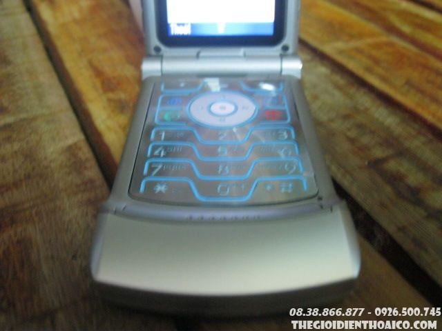 Motorola-V3-Silver5.jpg