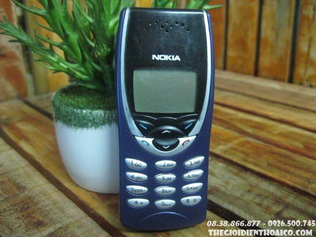 Nokia-8210-12303.jpg