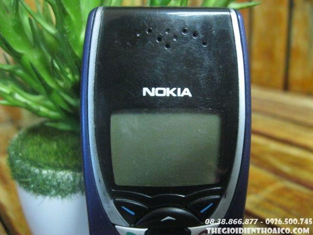 Nokia-8210-12304.jpg