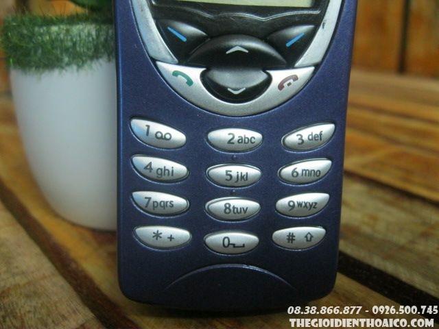 Nokia-8210-12305.jpg