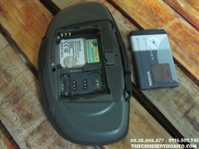 Nokia-Ngage-12374.jpg