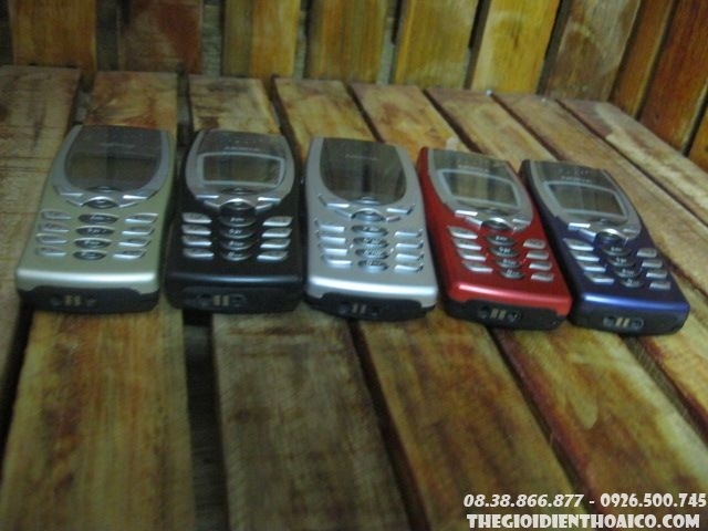 Nokia-825014.jpg