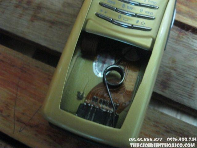 Nokia-8910-Gold-Dac-Biet-127610.jpg