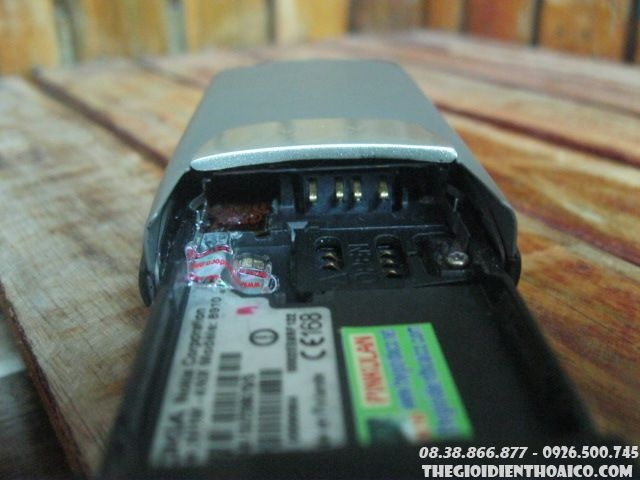 Nokia-8910-son-cat-chay-12788.jpg