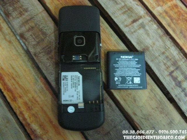 Nokia-8600-Luna-12916.jpg