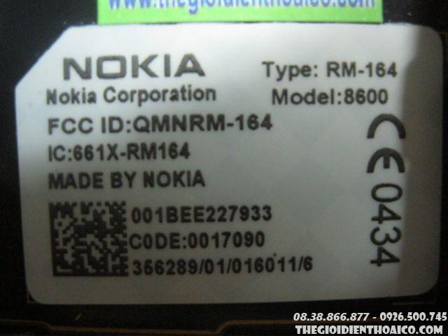 Nokia-8600-luna-12943.jpg