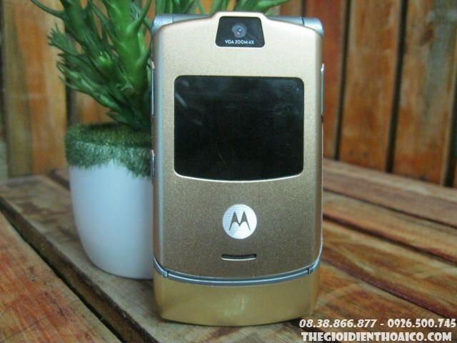 Motorola-V3-Gold-13061.jpg