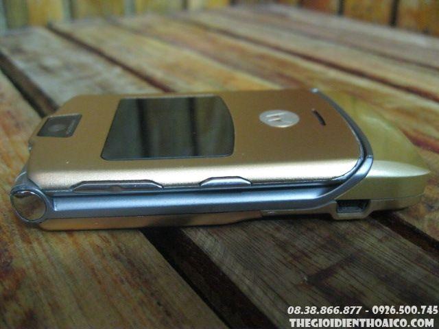 Motorola-V3-Gold-130610.jpg