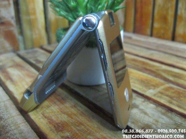 Motorola-V3-Gold-13062.jpg