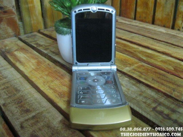Motorola-V3-Gold-13068.jpg