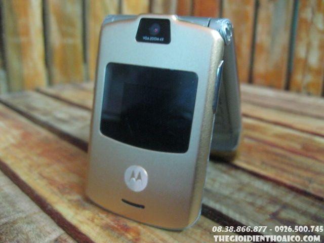 Motorola-V3-Gold-13069.jpg