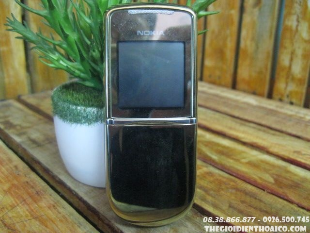 Nokia-8800-Sirocco-gold-zin-130311.jpg